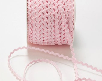 "1/8"" Pink Ric Rac Trim from May Arts - 10 Yards"