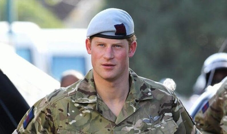 Vintage British army air corps sky blue beret cap military hat Prince Harry  Charles Royal UK United Kingdom navy