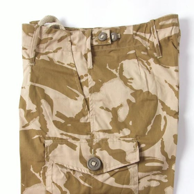 New Unissued British army Desert camo military shorts bermudas combat cargo camouflage dpm