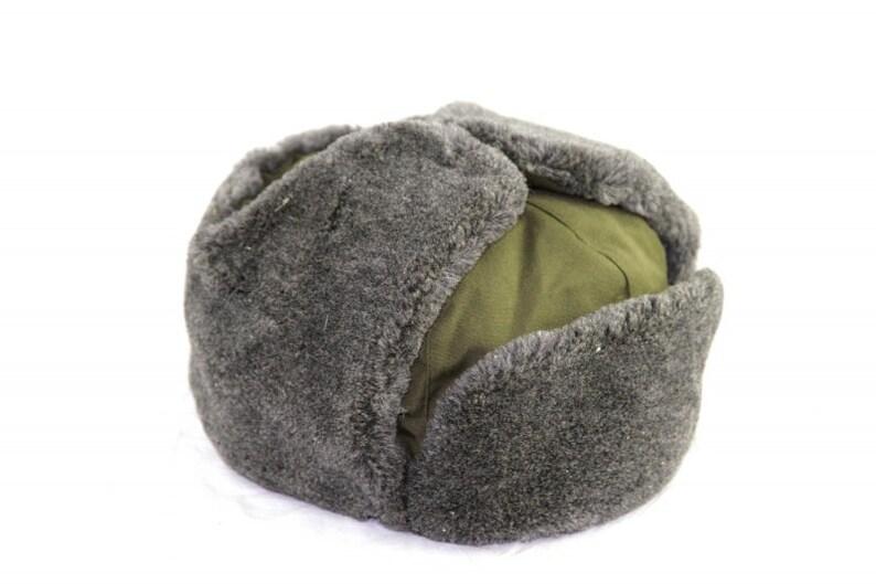 0b16f2235f9a9 Vintage Czech cold war communist ushanka shapka hat cap winter