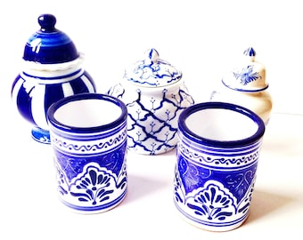 Ceramic pots Puebla Set of blue and white ornate ceramic pots vintage from Mexico and Portugal by SophieLDesign