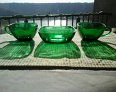 Anchor Hocking Forest Green Mid century Vintage Retro Tea demitaisse cups and berry cereal bowl