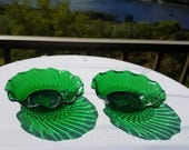 Anchor Hocking 6.5 in Forest Green Scalloped Bowls Set of 2