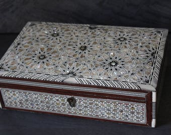 Egyptian Jewelry Box (Extra-Large) Hand-laid Mother of Pearl