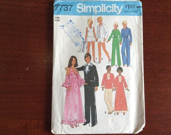 Vintage Simplicity Barbie/ Ken Doll clothes  pattern 7737 Uncut