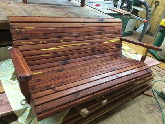 balançoire véranda, swing de cèdre de 5 pi, swing de cèdre, balançoire  véranda en bois, balançoire en bois, meubles d'extérieur, meubles de patio