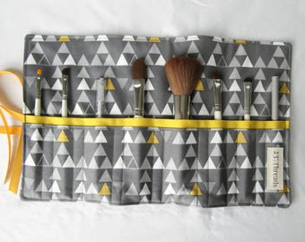 Makeup brush roll cosmetic roll gray triangles with yellow (MBR17-008)