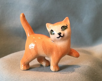 Hagen Renaker Orange Tabby Kitten Figurine. Miniature 1950s California Pottery Cat with Green Eyes. Diorama Animal Home Office Decor Gift