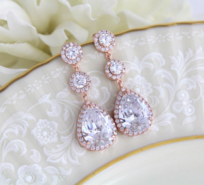 Rose gold dangle earrings Wedding jewelry Bridal jewelry Bridesmaid earrings Drop earrings Rose gold Bridal earrings Wedding earrings