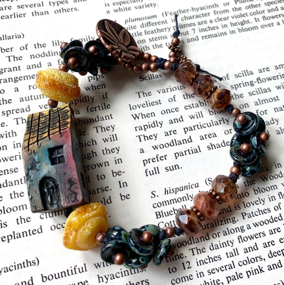 Tiny House Bracelet, Artisan House Bracelet, Yellow Glass Bracelet, Czech Glass Beaded Bracelet, Art Bead House Bracelet