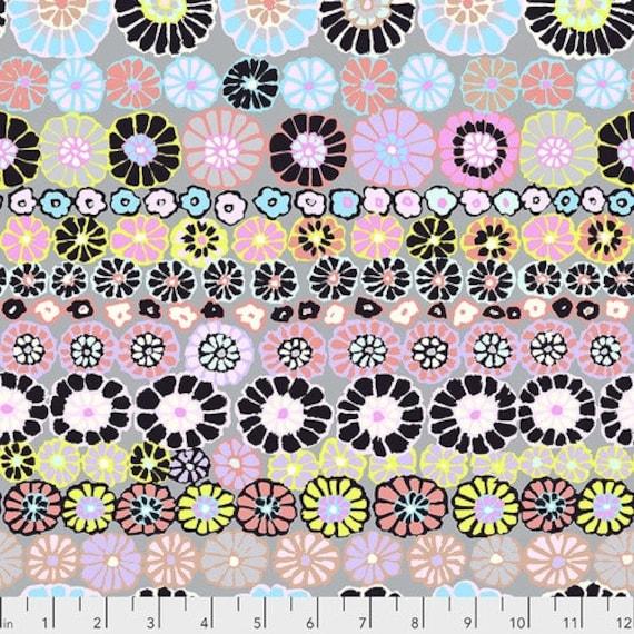 Row Flowers - Contrast Kaffe Fassett for the Kaffe Fassett Collective. PWGP169.CONTR