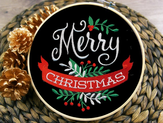 Wall art - Merry Christmas - Embroidered and ready to hang - Home decor - Wall hanging