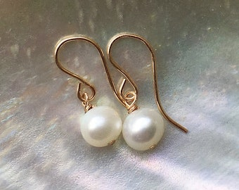 Pearl Anniversary Gift Statement Studs Pearl Heart Earrings Hammered Silver Earrings Dangly Pearl Earrings Freshwater Pearl Earrings