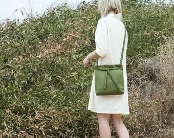 Cross Body Bag, shoulder bag, vegan handbag, cross body purse, tote bag, vegan bag, minimalist bag, small cross body bag