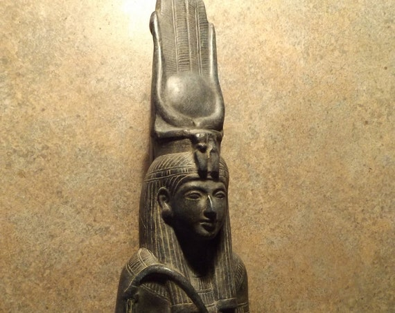 Egyptian Isis statue sculpture - Goddess with the features of 19th dynasty Queen Nefertari