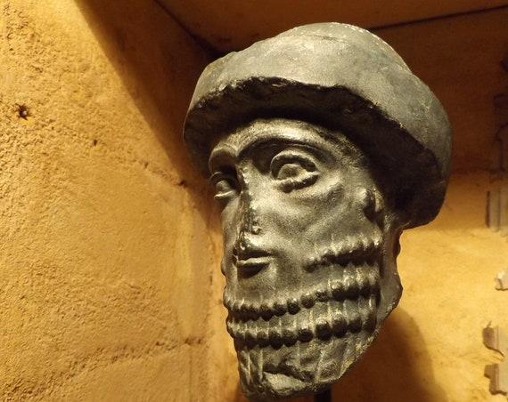 Hammurabi  Mesopotamian statue / sculpture fragment replica. King of Babylon - Head / Babylonian art