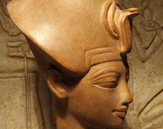 Egyptian statue / Sculpture - Museum replica Bust of Amenhotep III -18th dynasty