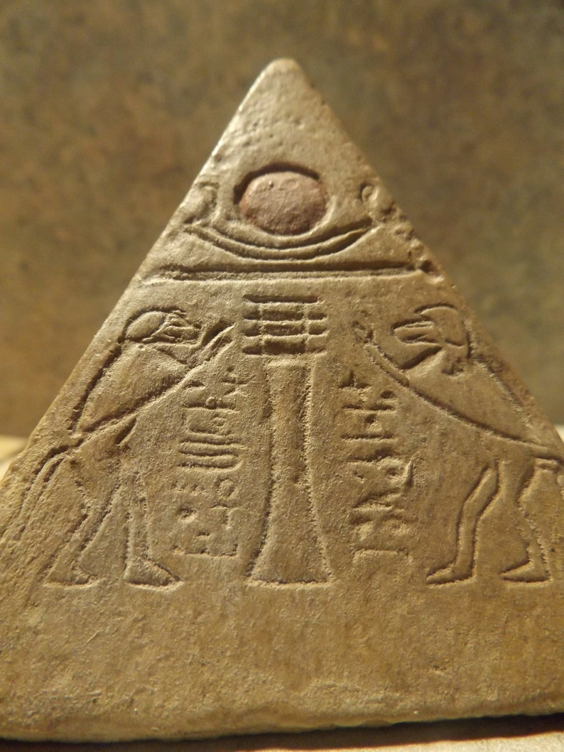 Egyptian Pyramid capstone museum replica featuring Thoth /& the boat of Ra
