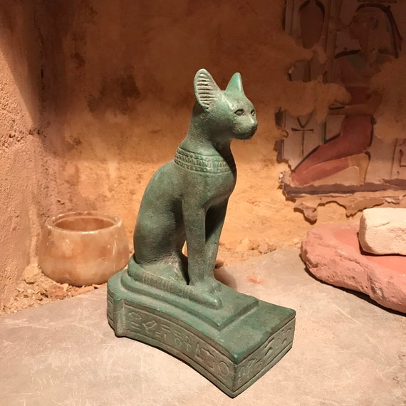 Egyptian cat statue - Bast / Bastet - Goddess of music, dance, hunting and protection