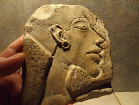 Egyptian art / sculpture - Akhenaten relief carving replica. Ancient Egypt - 18th dynasty