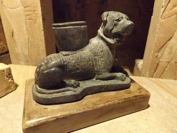 Sumerian statue / sculpture of a Molosser dog with cuneiform text dedication to goddess Ninisina
