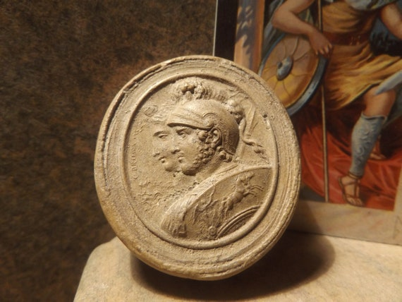Mars and Bellona / Nerio - Greek / Roman gods cameo art. Also known as Ares & Enyo in Greek mythology
