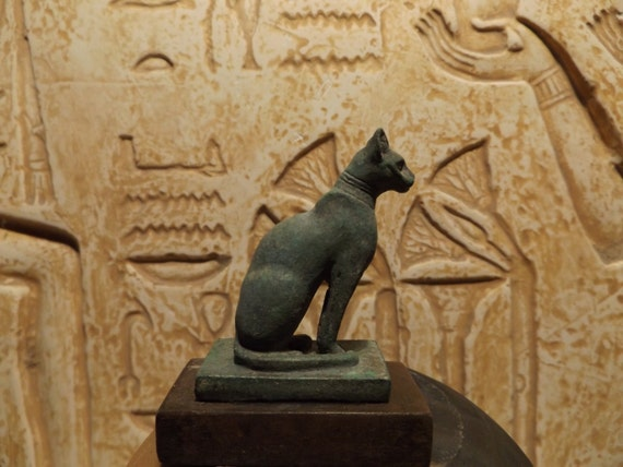 Egyptian cat statue - Bast / Bastet - Goddess of music, joy, dance & protector of the home