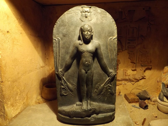 Egyptian statue / cippus - A magical stela featuring Horus the saviour & Bes