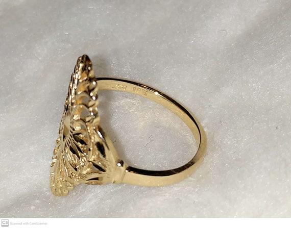 Vintage 18k Gold Filgree ring. Victorian style
