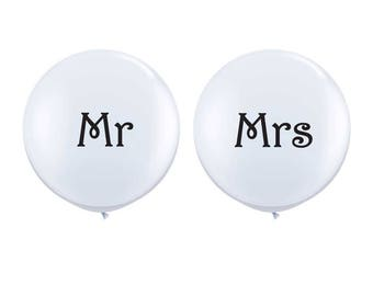 Mr and Mrs Jumbo Balloon Set, White Wedding Balloons, Mr and Mrs Sign, Wedding Photo Prop, Engagement Party Balloon, Engagement Photo Prop