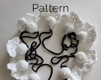 Spooky Ghost Garland Crochet Pattern | Easy No Sew Halloween Ghost Garland
