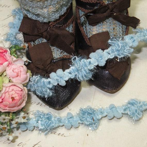 1y FRENCH BLUE NAVY AIRY LACE FLOWER TRIM VTG ANTQ RIBBON DOLL DRESS JACQUARD