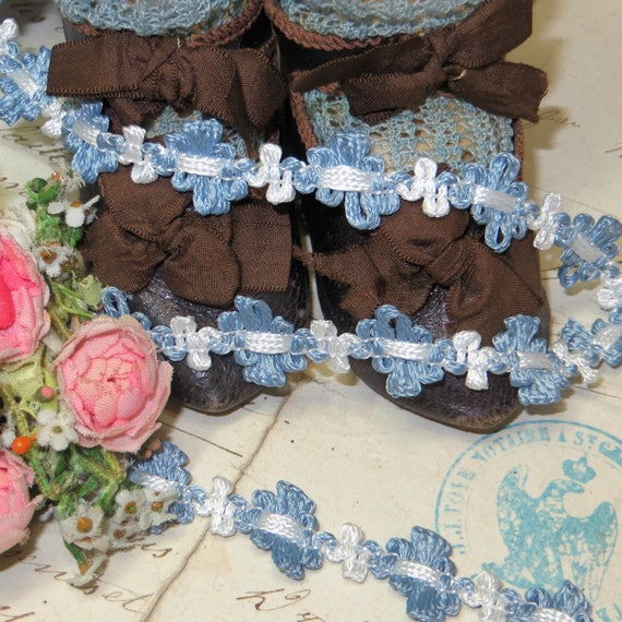 1y FRENCH BLUE OMBRE ROCOCO ROSETTE RIBBON VTG FRENCH DOLL DRESS TRIM ANTQ WORK