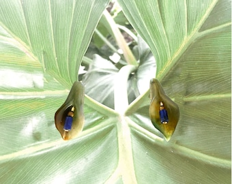 GILDED-MANE EARRINGS : Jasper Calla Lilly Carved Beads w/ Sodalite & Brass