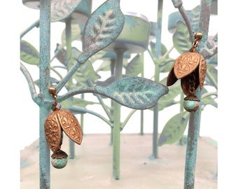 EARRINGS : Vintage Brass French Fleur-de-Lis & Green Jasper