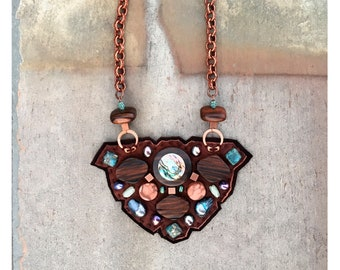 THE SHIELD NECKLACE by Gilded-Mane : Abalone Inlaid Wood, Freshwater Pearls and Copper Beads on Brown Leather