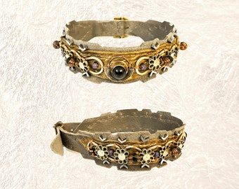 EMBELLISHED COLLAR : Vintage Filigree Silver on Bronze and Warm Grey Suede & Leather