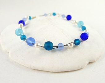 Blue sea glass bracelet with Swarovski pearls beaded jewelry sea glass jewelry handmade jewelry seaglass bracelet cobalt seaglass jewelry