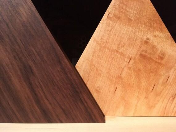 Triangle de tuiles en bois de noyer et érable massif ~ art mural