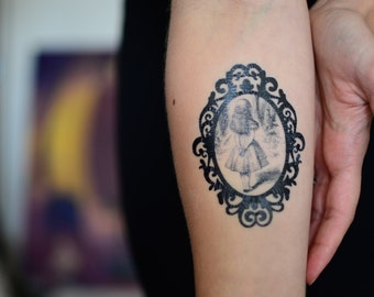 Alice in Wonderland Small Temporary Tattoo