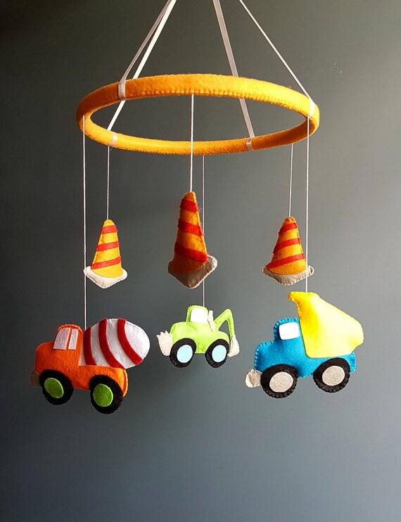 cuna m/óvil con luces y m/úsica mando a distancia y juguete para empacar y jugar rosa BLUE M/óviles de beb/é para cuna