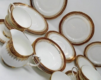 Vintage Dinner & Tea set 26 piece Duchess Winchester Red and Gold plate bowl cup and saucer