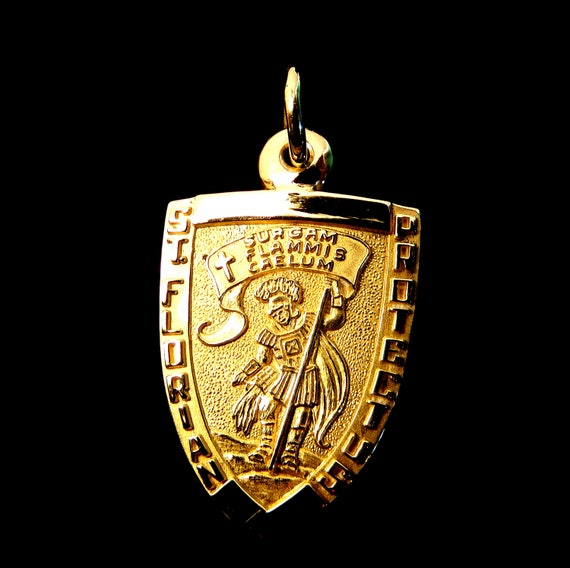 Satin St Florian Patron Saint of Firefighters Round Medal Pendant NEW Small Size 21MM 14KT Yellow Gold Polished