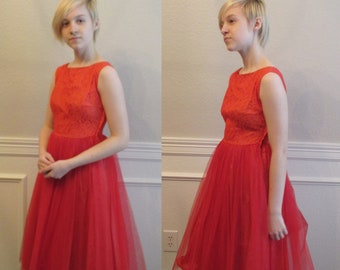 48dd551142 Red Lace   Tulle Dress Fit and Flare Sleeveless Lace Bodice Full Tulle  Skirt Dress Sz XXS