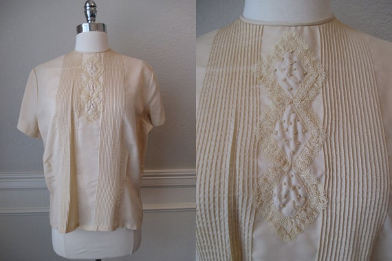 Sz L Morlove Ivory Blouse Pleated Lace French Knot