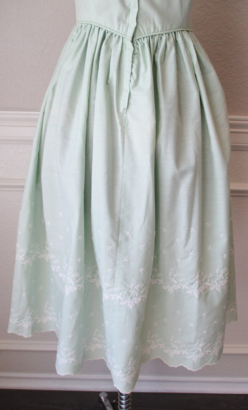 Cotton Summer Dress Fit and Flare Sz XS Light Green Embroidered Flowers Day Dress