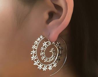 Silver Earrings - Silver Spiral Earrings - Gypsy Earrings - Tribal Earrings - Ethnic Earrings - Indian Earrings - Statement Earrings ES122