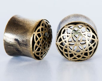 Govind Brass Plugs - Ear Plugs - Ear Gauges - Tribal Plugs - Indian Plugs - Piercing Plugs - Gauge Jewelry - Ear Tunnel - Brass Tunnel (BT8)