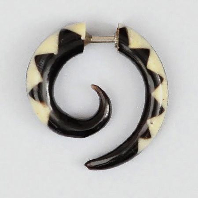 Nara Fake Gauge Earrings Gauge Jewelry Fake Ear Stretcher Faux Gauge Earrings Split Earrings Fake Piercing Fake Ear Gauge