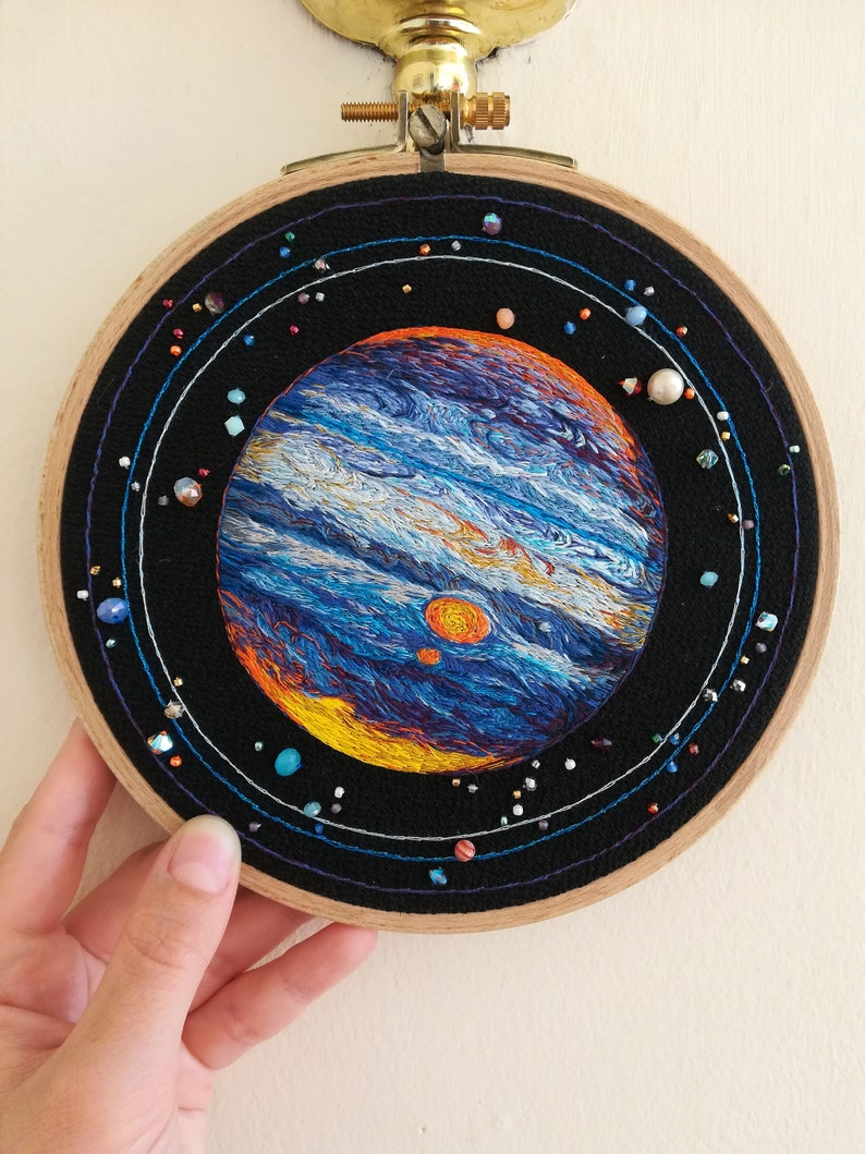 Jupiter gaseous planet hand embroidery // Jupiter gaseous image 0